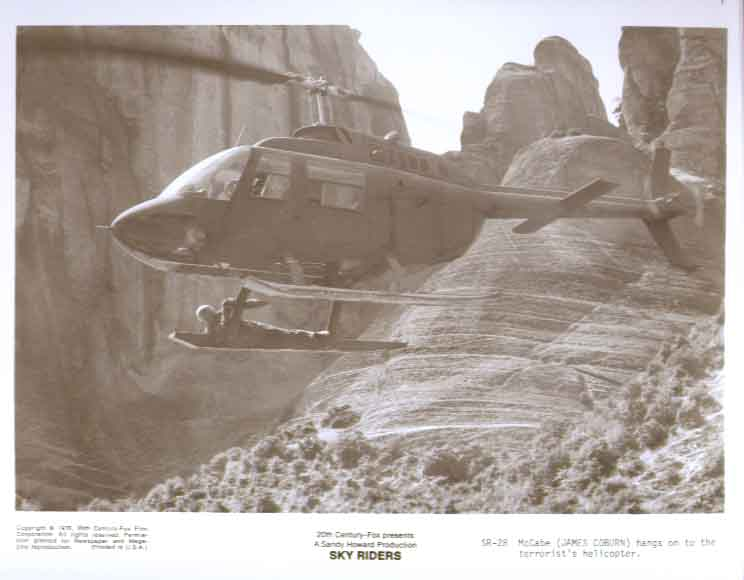 James Coburn helicopter Sky Riders 1976 8x10 photo 28