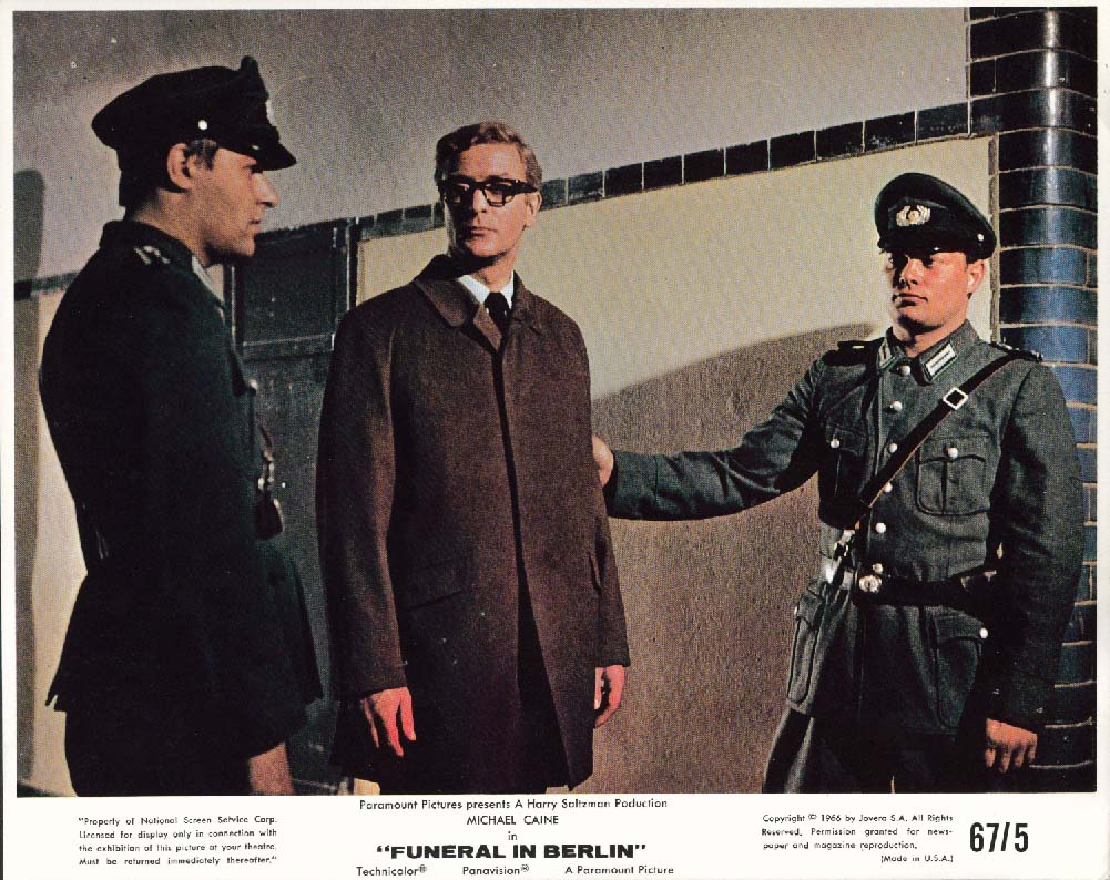 Michael Caine Funeral in Berlin lobby card 1966