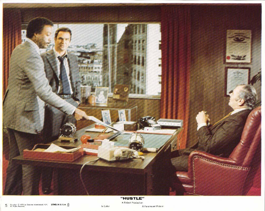 Burt Reynolds Paul Winfield Hustle lobby card 1975