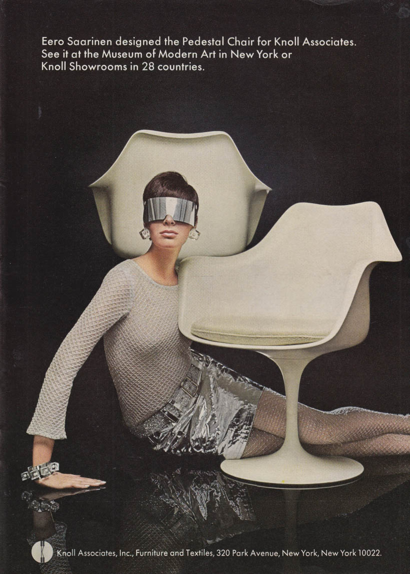 Eero Saarinen designed the Pedestal Chair for Knoll Associates ad 1968 NY