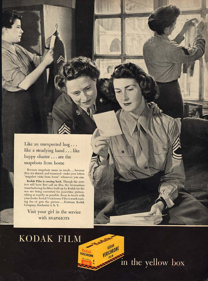 US Army Servicewomen get snapshots from home Kodak ad 1945 L