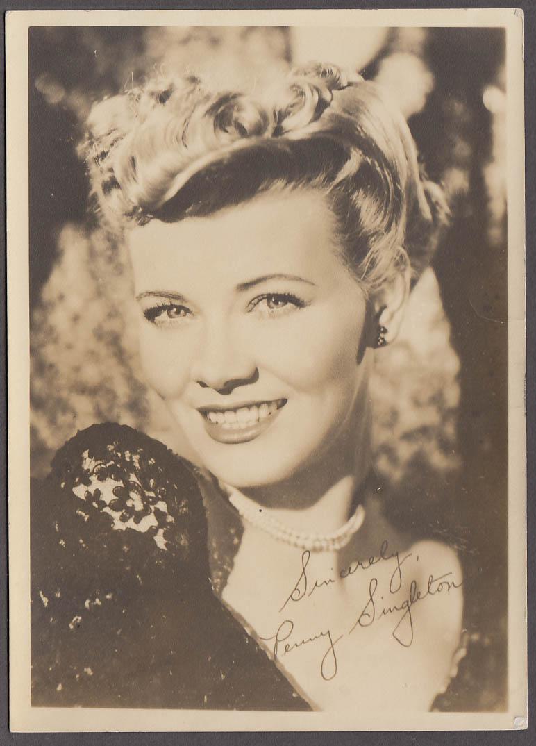 Image for Movie actress Peggy Singleton studio publicity photo 1940s