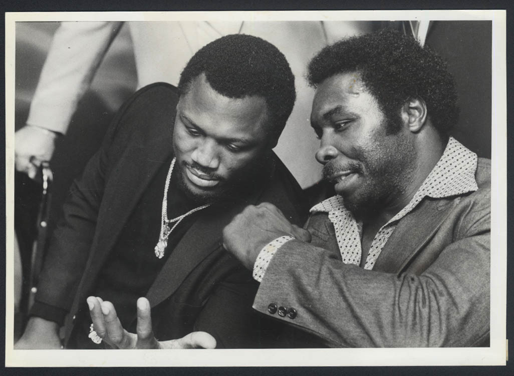 Heavyweights Joe Frazier &  Jumbo Cummings pre-fight news photo 1981