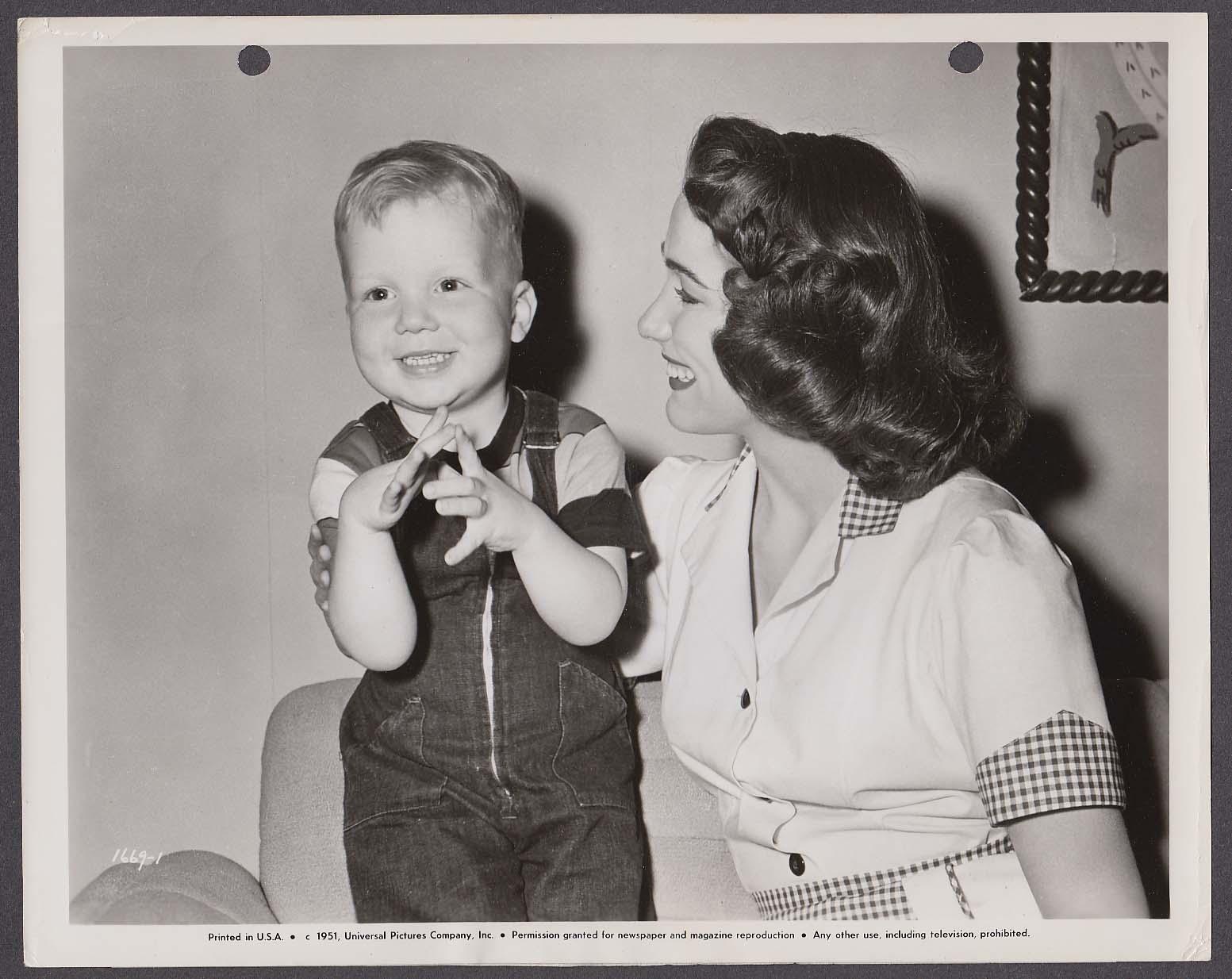 Dusty Henley Julie Adams Finders Keepers 8x10 photo 1951 #1