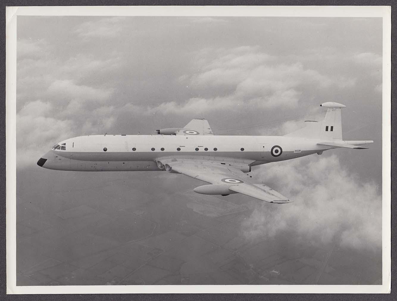 Royal Air Force RAF HS Nimrod MR2 jet XV229 in flight photo 1970