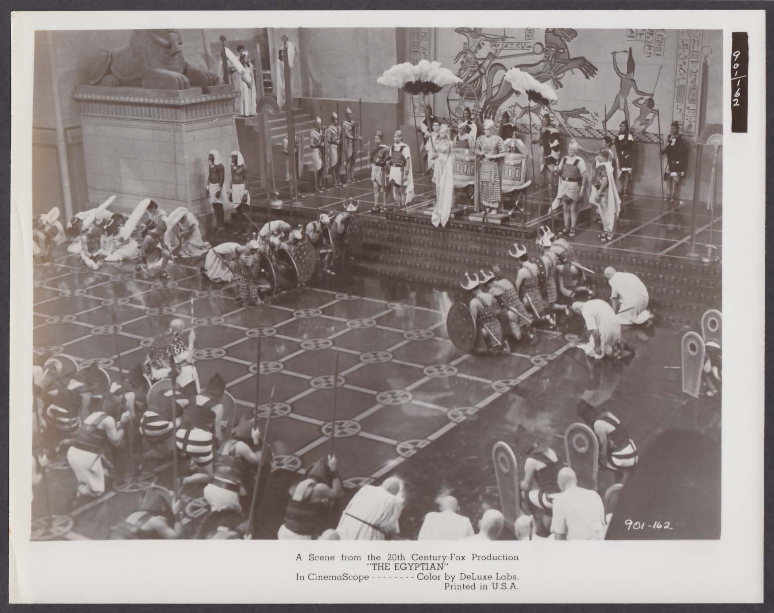 Pharaoh's court scene The Egyptian 8x10 photo 1954
