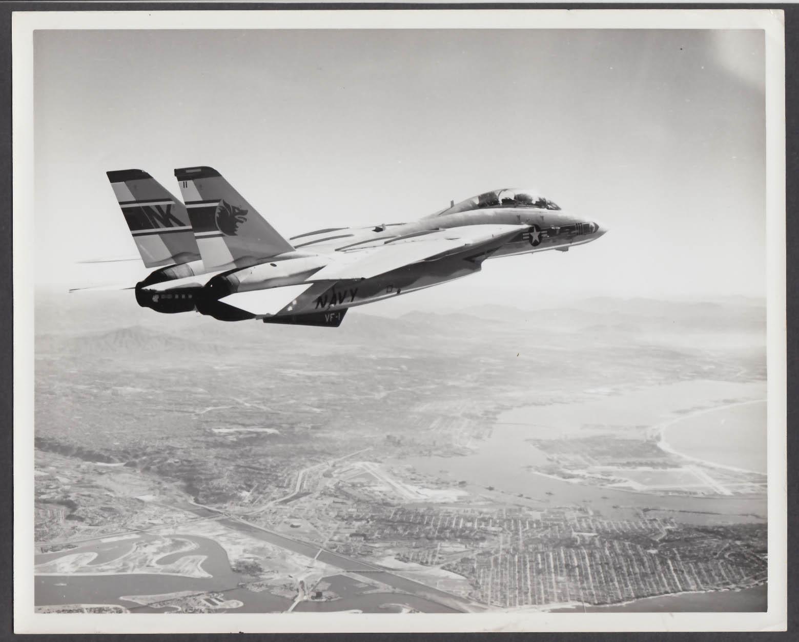 Image for US Navy VF-1 F-14 Tomcat in flight 8x10 photo