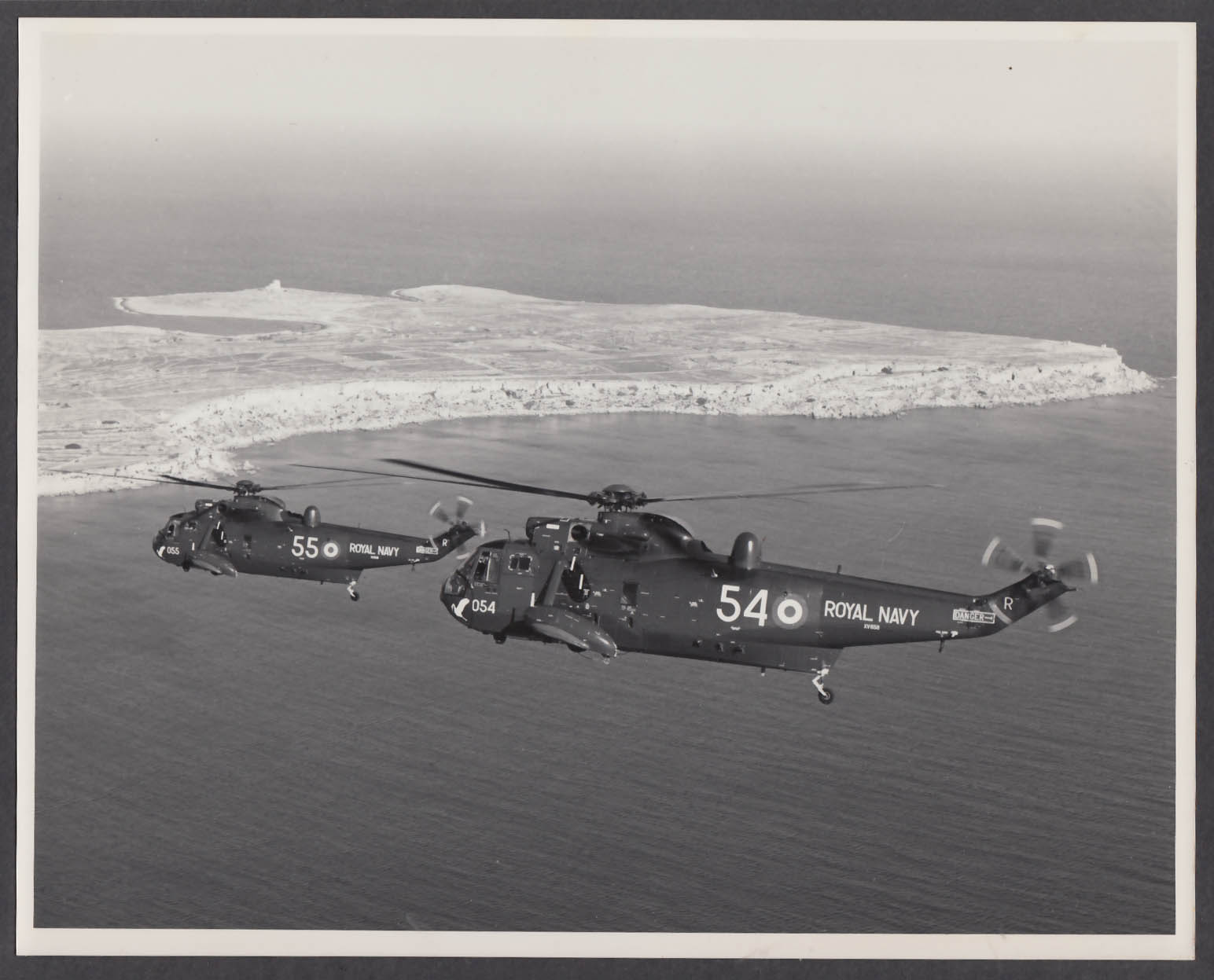 Image for Royal Navy Sea King 54 55 in flight 8x10 photo
