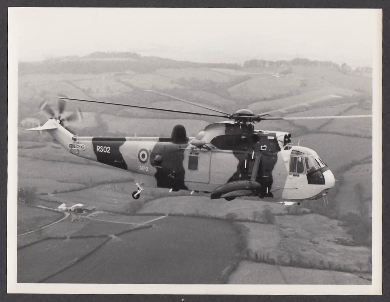 Image for Royal Air Force Sea King RS02 in flight 8x10 photo