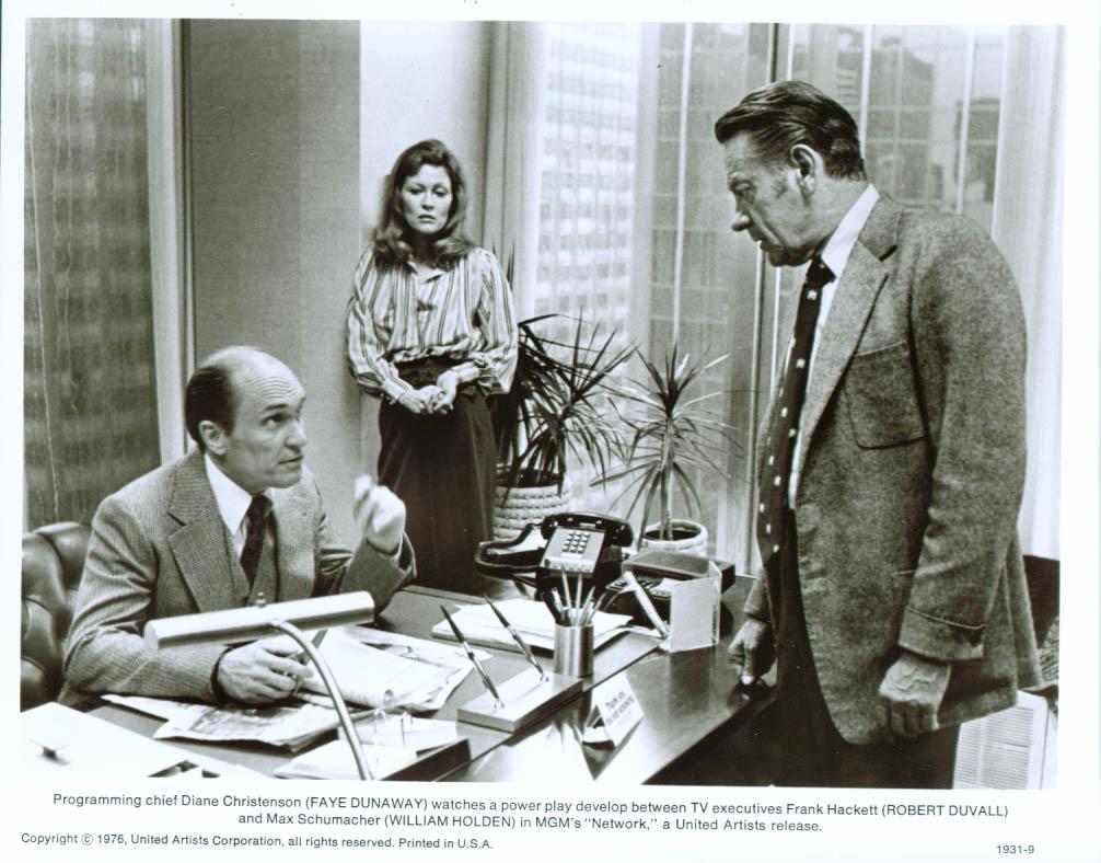 Faye dunaway network - Robert Duvall Faye Dunaway William Holden Network 8x10 1976
