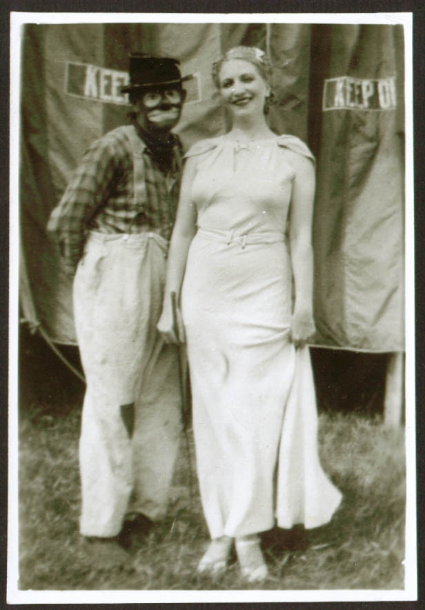 Clown Rheuben May & Wife Russell Bros Circus 5x7 photo 1940