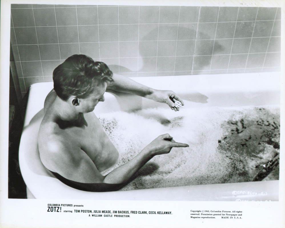 Tom Poston in the bathtub in Zotz! 8x10 1962