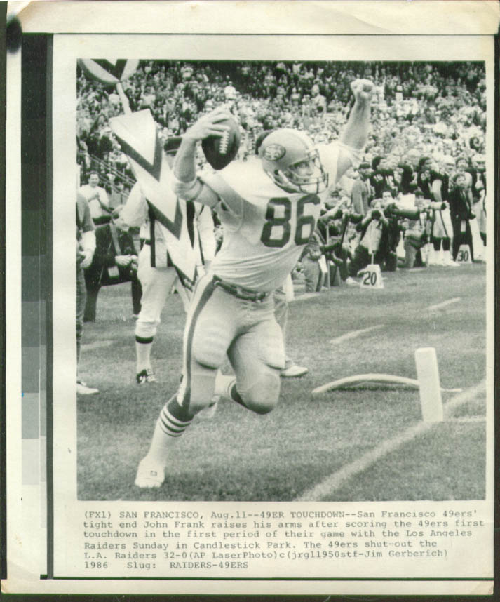 49ers TE John Frank scores v Raiders photo 1986