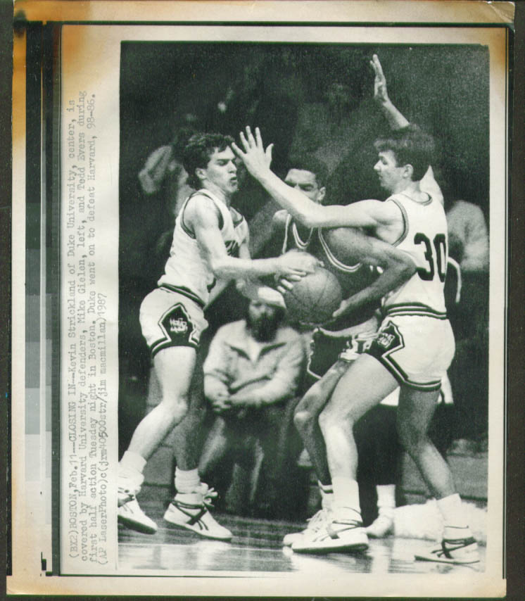 Duke's Strickland v Harvard's Gielen & evers photo 1987