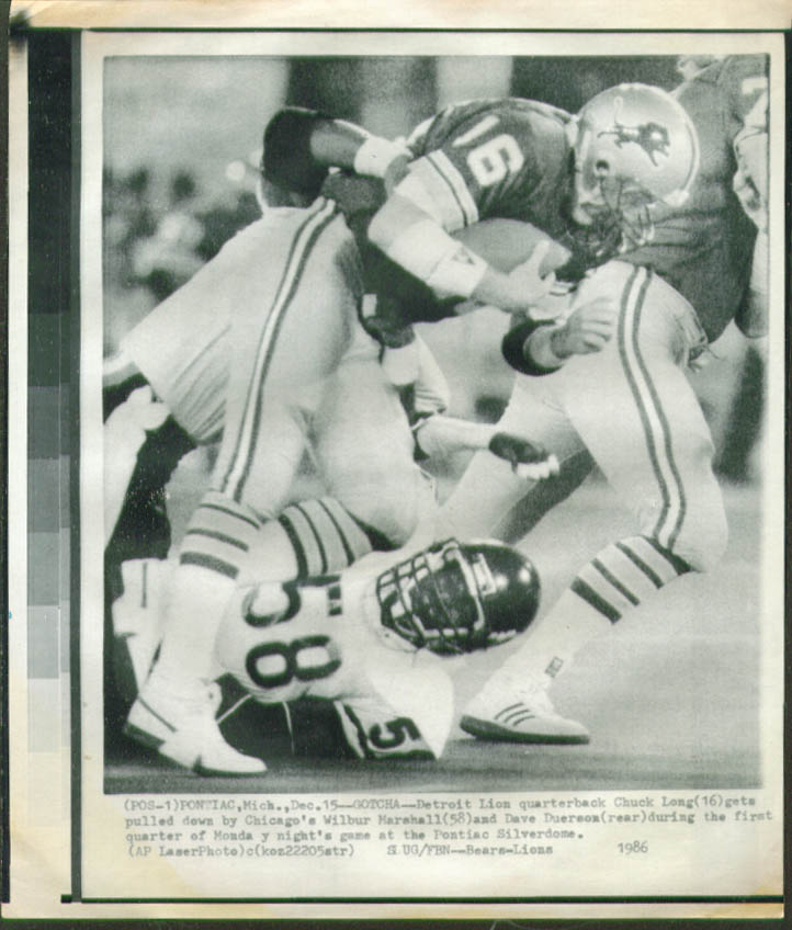 Bears Wilbur Marshall stops Lions QB Long photo 1986