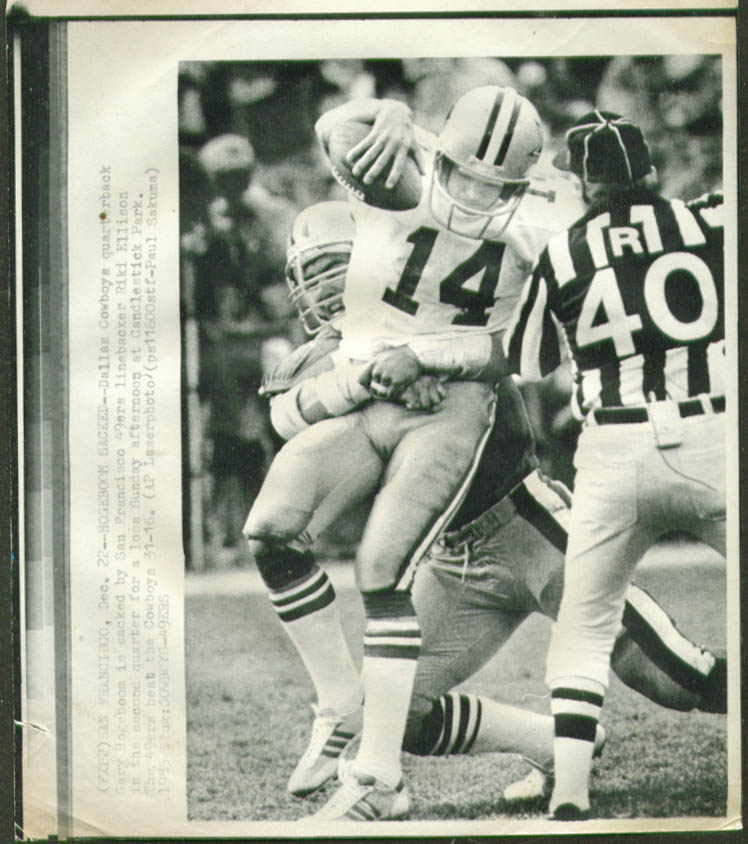 49ers Ellison sacks Cowboys QB Hogeboom photo 1985