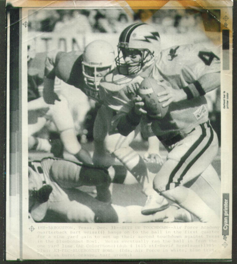 Air Force QB Weiss v Texas Bluebonnet Bowl photo 1985