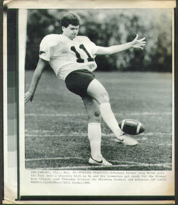 Arkansas Punter Greg Horne pre Orange Bowl photo 1986