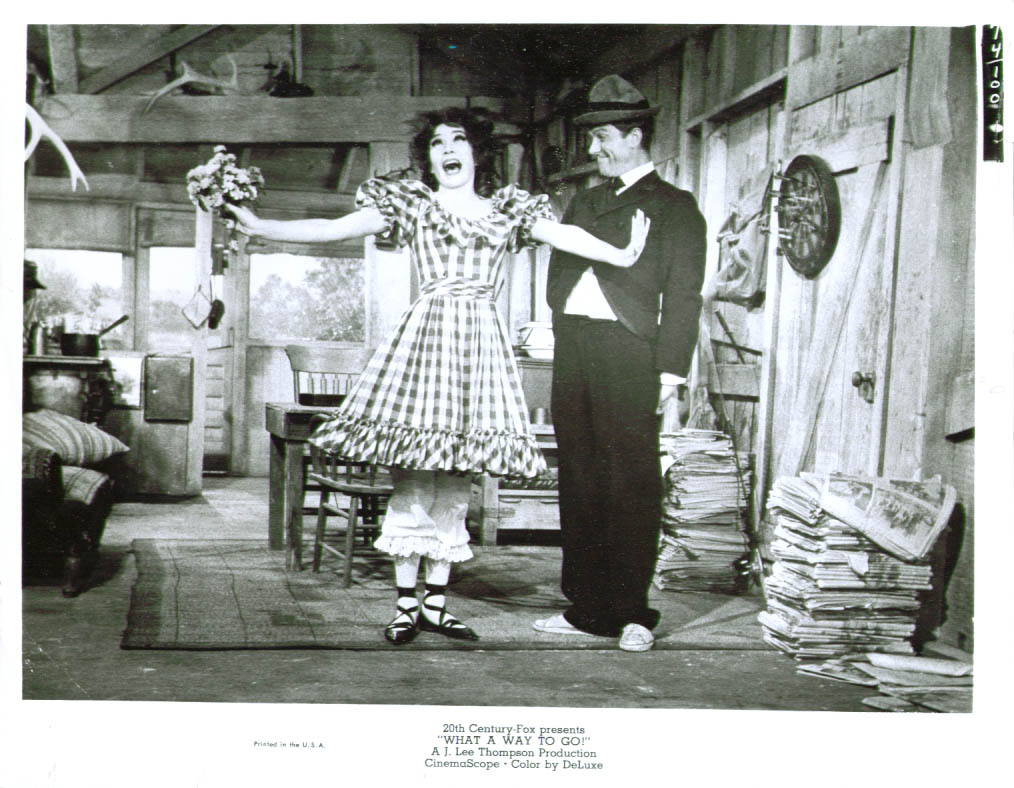 Shirley MacLaine Dick Van Dyke What a Way to Go photo
