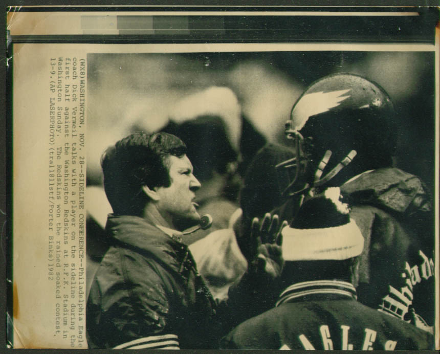 Eagles Coach Dick Vermeil v Redskins 1982photo