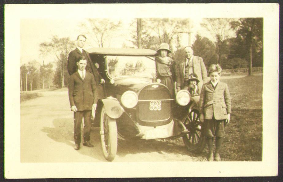 1925 Buick passengers & chauffeur Plate B-6604 photo