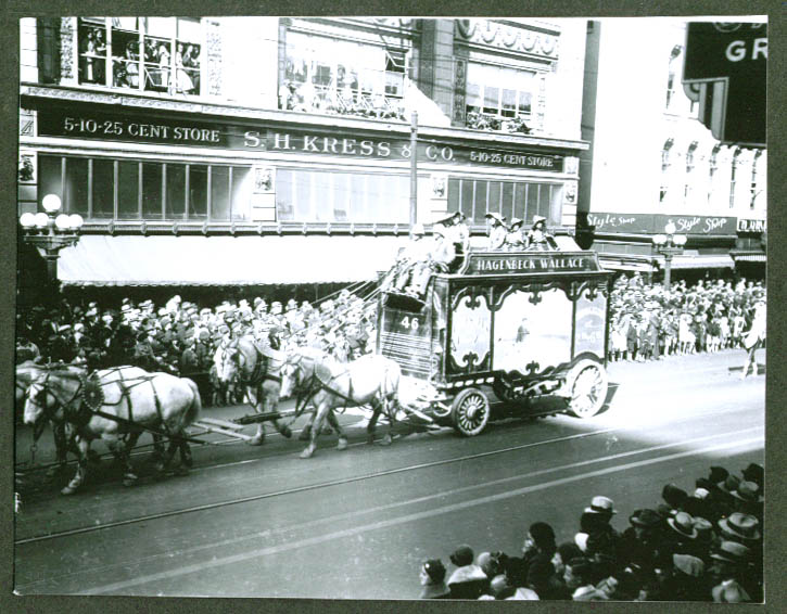 Fancy Wagon #46 Hagenbeck-Wallace Circus Parade 1934