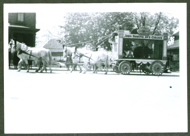 Bear Wagon John Robinson Circus Parade Sarnia ON 1920 photograph