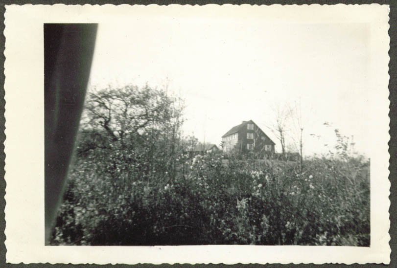 Old home of Mr Lunta of East Hill CT photo 1952