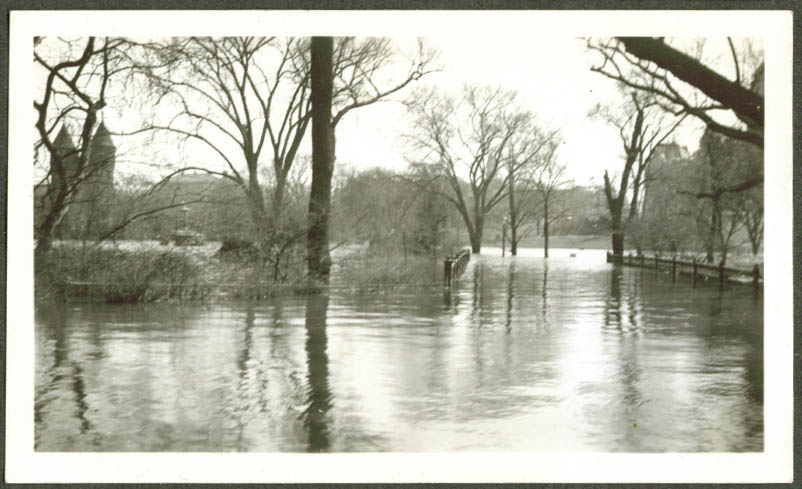 Bushnell Park in Connecticut River flood photo 1936