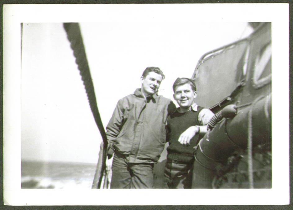 2 crew jacket sweater USCG CG-83465 at speed photo 1945