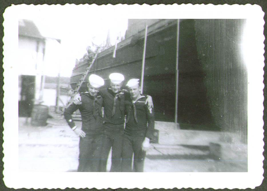 3 crewmen USCG CG-83465 drydock photo 1944 #2
