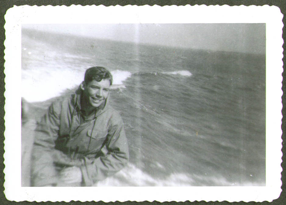 Crewman slicker at speed USCG CG-83465 photo 1944
