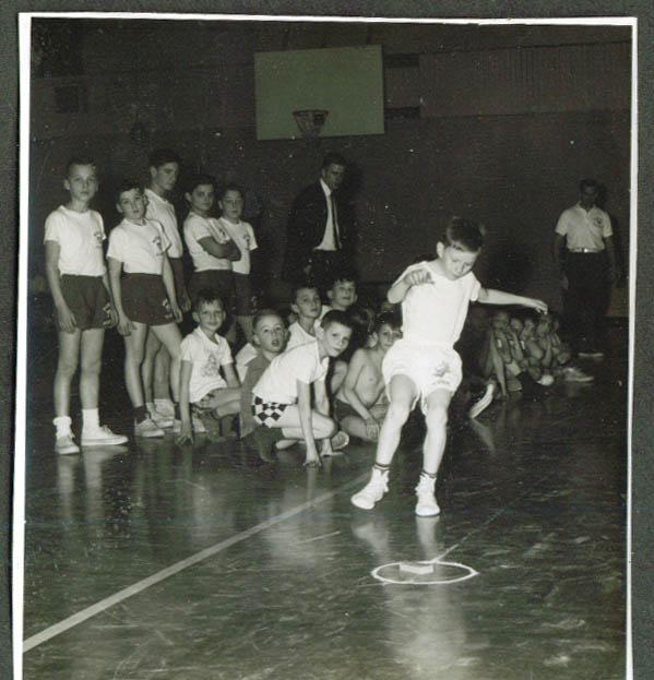 Boys indoor relay race Meriden YMCA photo 1967