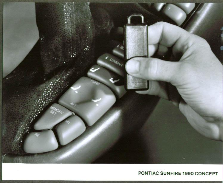 1990 Pontiac Sunfire Concept Car 8x10 remote control