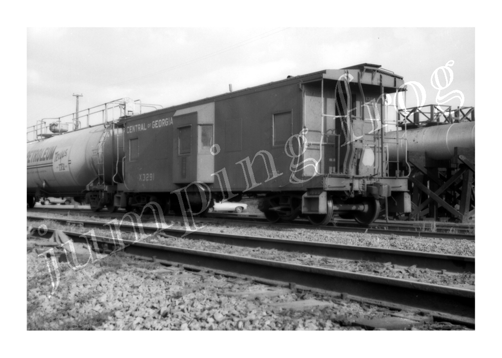 "Central of Georgia work caboose #X3291 5x7"" photo 6 1970"