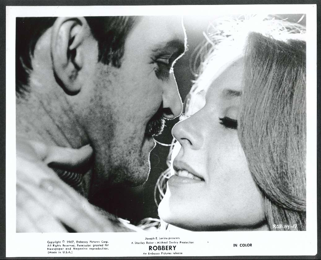 Image for Stanley Baker Joanna Pettet kiss Robbery 8x10 photograph 1967