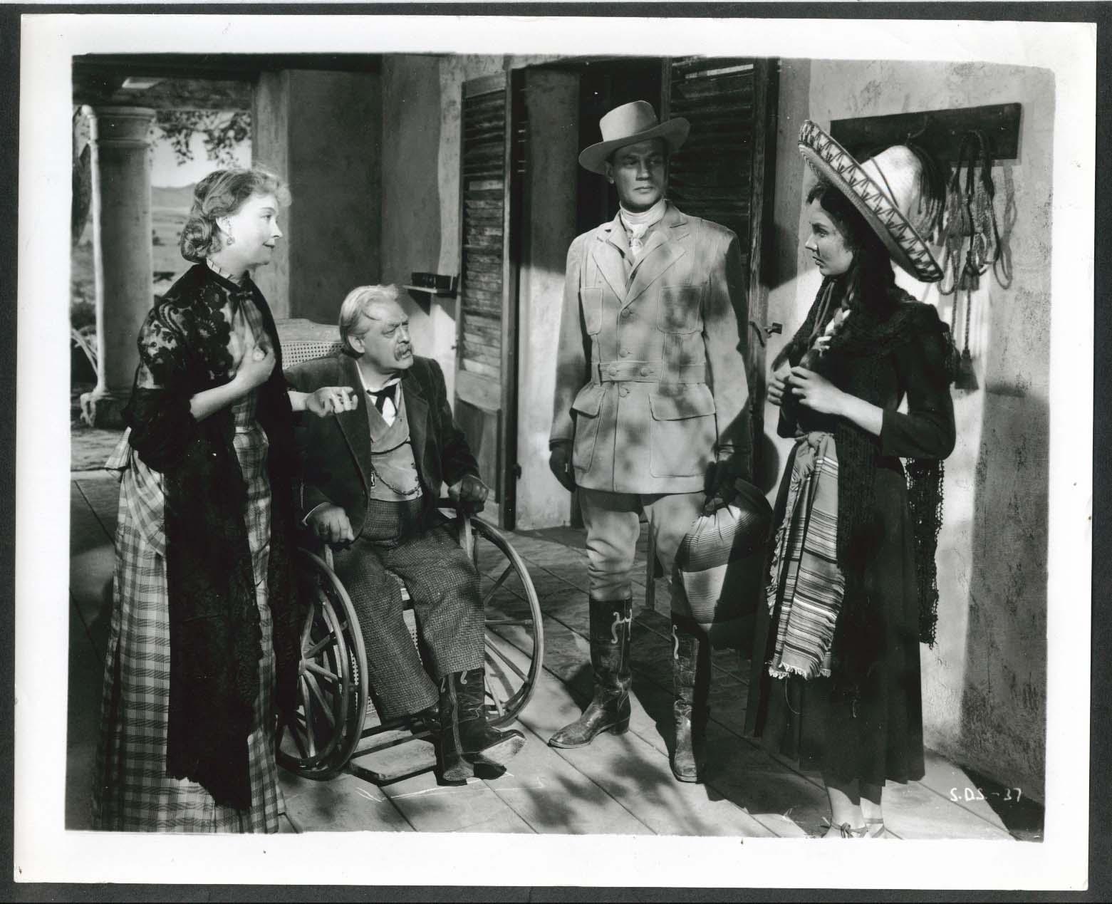 Image for Lillian Gish Lionel Barrymore Joseph Cotten Jennifer Jones Duel in Sun 8x10 1946