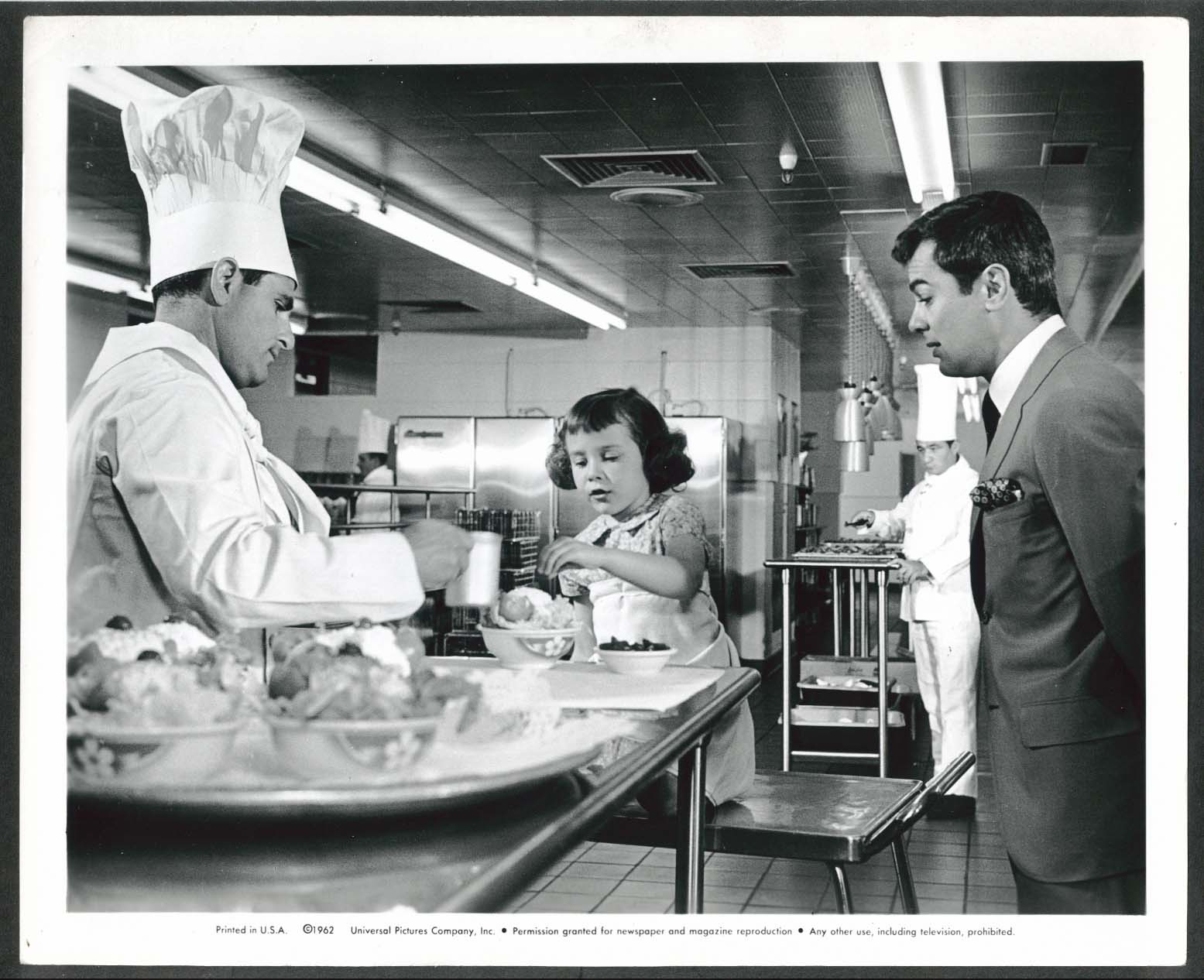 Image for Tony Curtis 40 Pounds of Trouble 8x10 photograph 1962