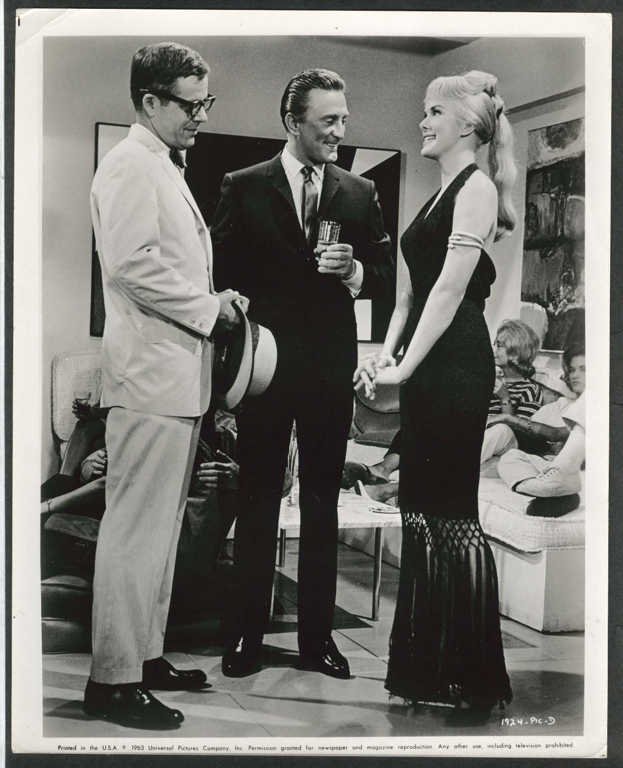 Image for Kirk Douglas Gig Young For Love or Money 8x10 photograph 1963