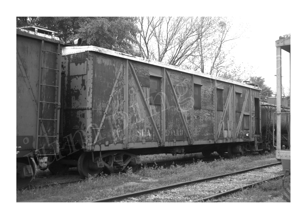 "Seaboard Air Line Railroad bunk car #G70507 5x7"" photo April 12 1970"