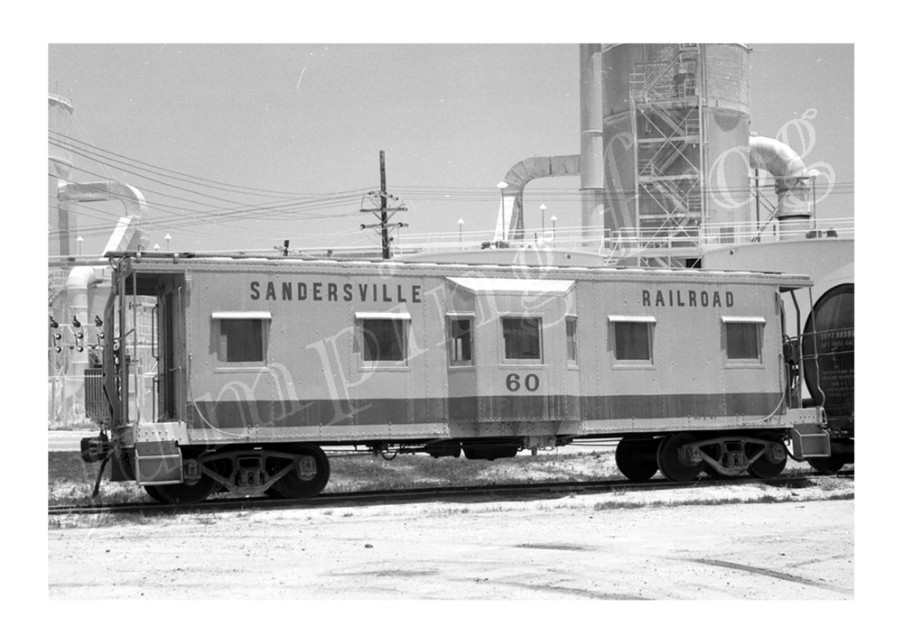 "Sandersville Railroad bay-window caboose #60 5x7"" photo June 30 1970"