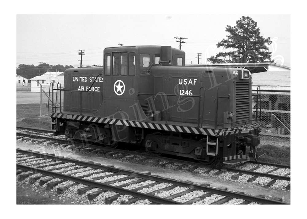 "United States Air Force diesel locomotive #1246 5x7"" photo April 10 1970"