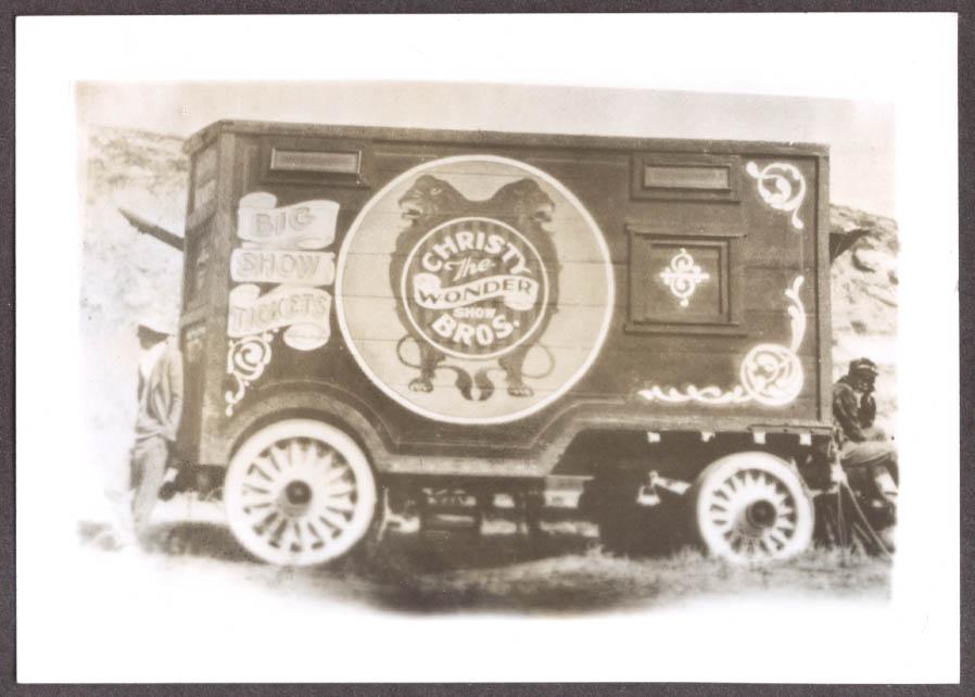 Image for Twin Gorilla Ticket Wagon Christy Bros photo 1928