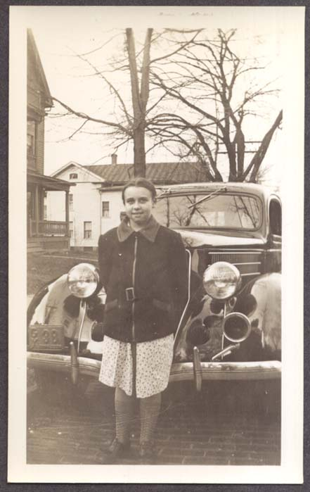 Barbara Baldwin & 1936 Ford CT GX 38 photo 11/1936