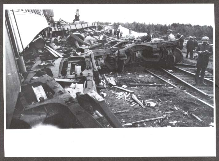 Al G Barnes Circus Train Wreck 7/20 1930 photo #2