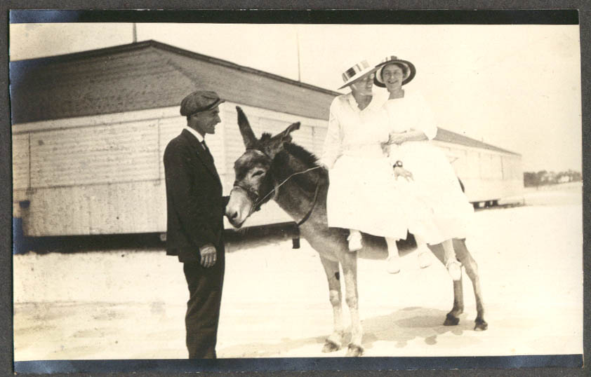 2 Meriden CT Peck women on burro FL trip photo 1919