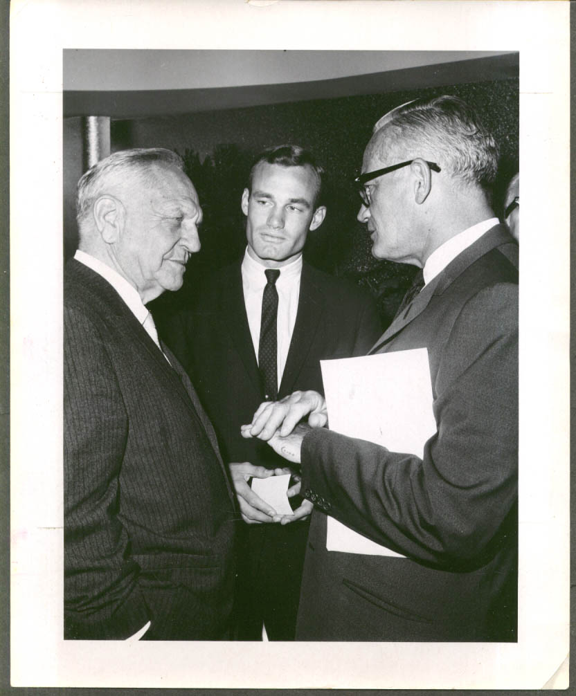 Image for Barry Goldwater meets with 2 unidentified men 8x10 1969
