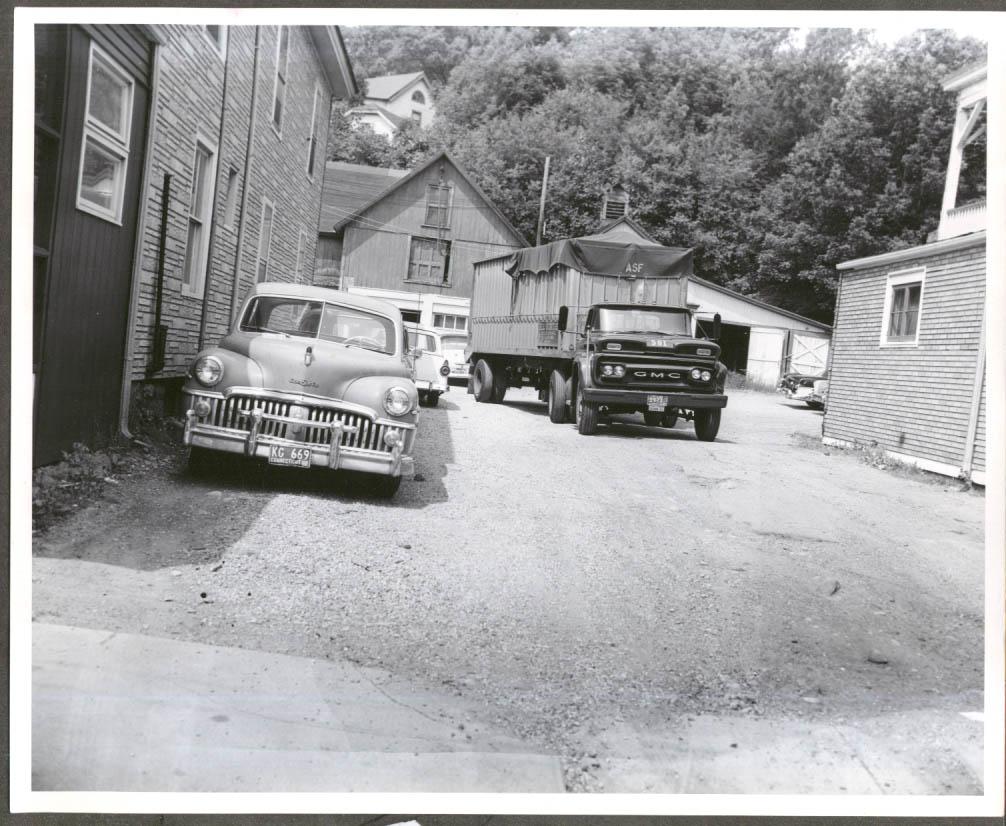 1950 DeSoto GMC semi 641-49 Watertown Av Waterbury CT 1961 photo