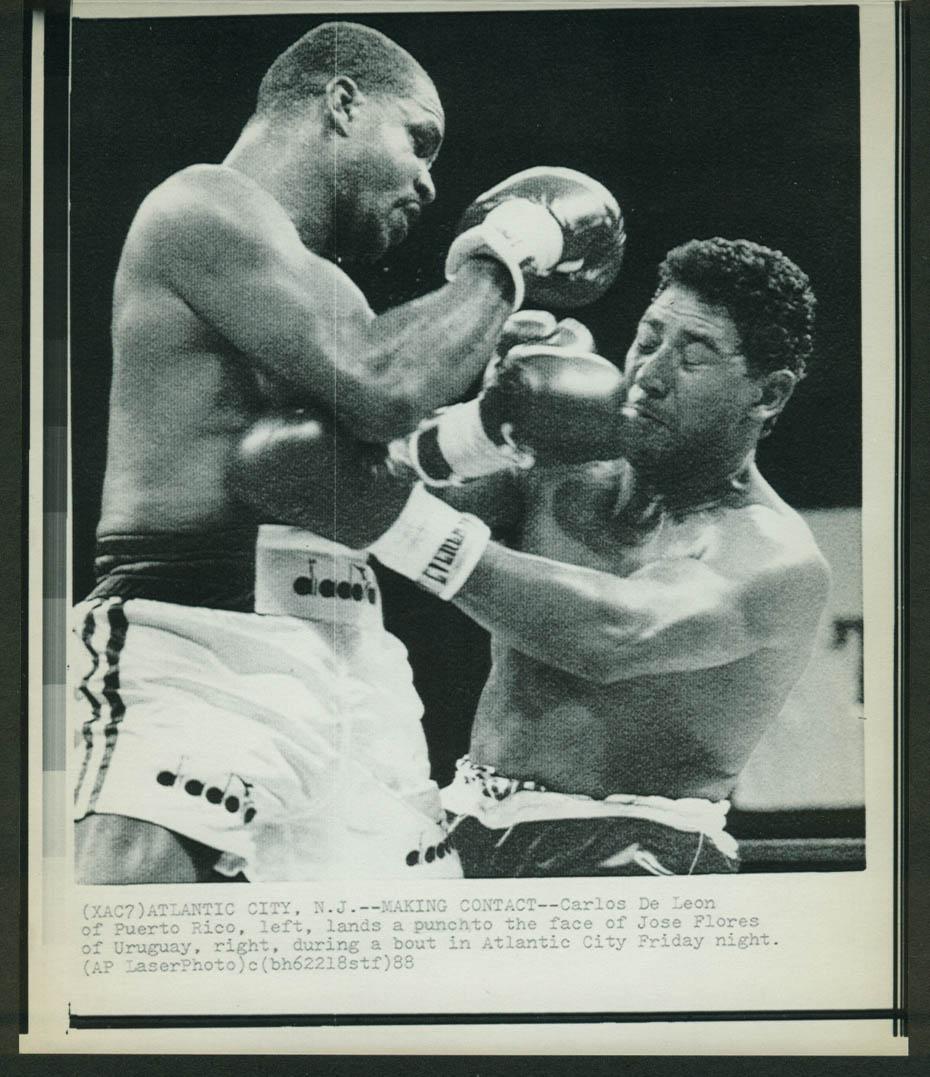 Carlos De Leon lands against Jose Flores Atlantic City bout laserphoto 1988