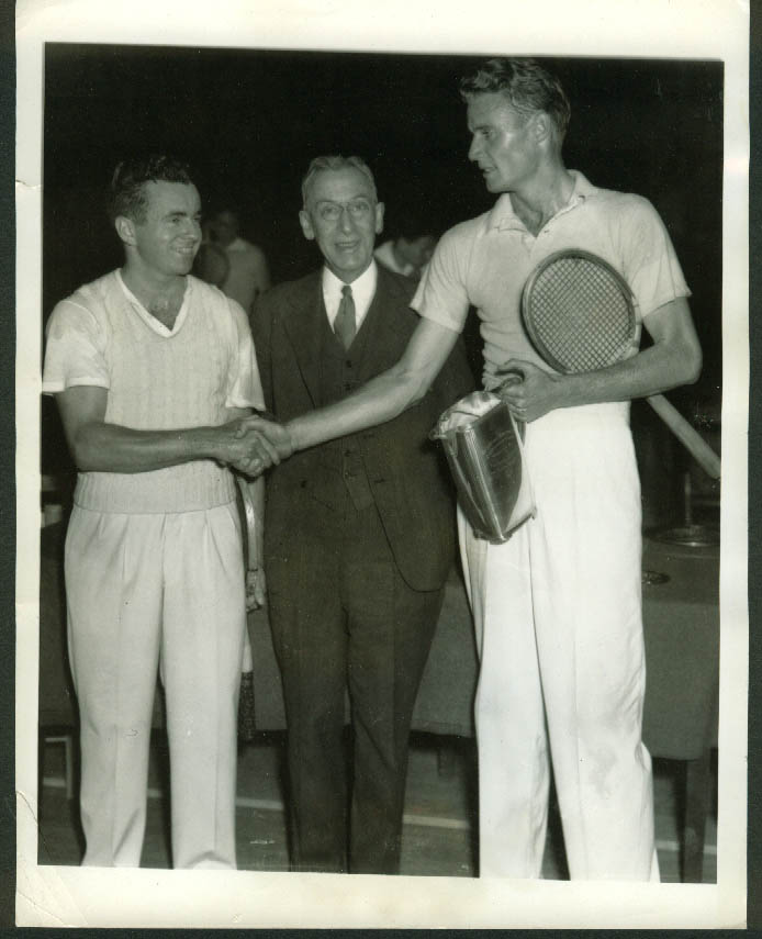 Gregory Mangin congratulates Lester Stoefen Indoor Tennis Courts Champ pic 1934